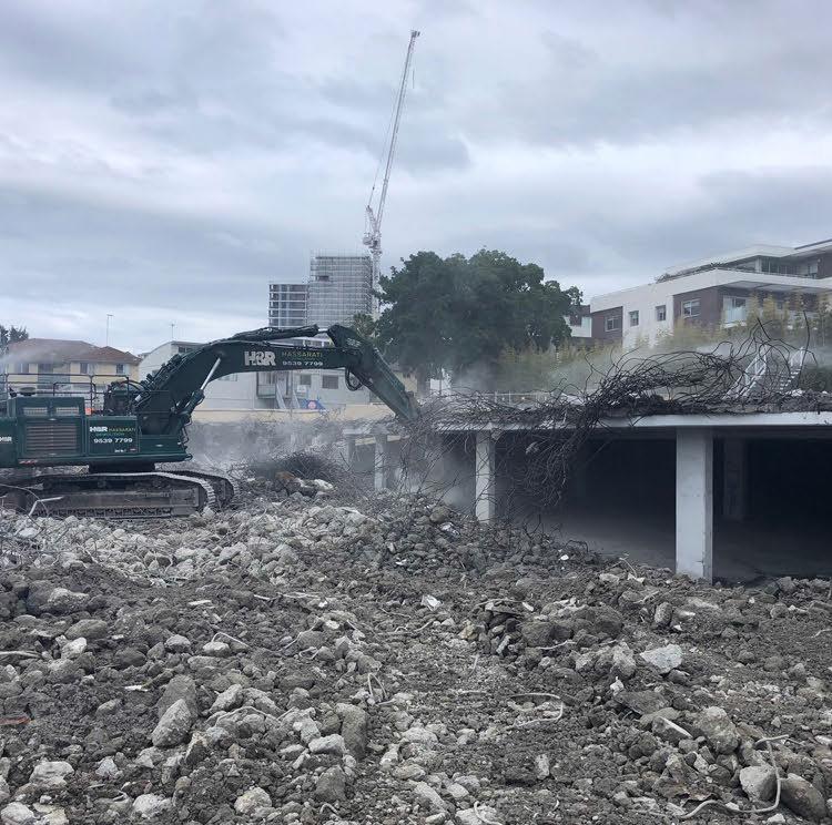 mainland-demolition12